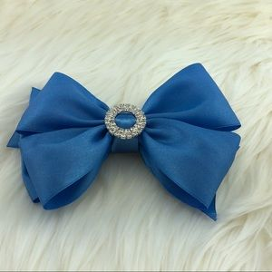 Other - Blue head bow clip w/ buckle rhinestone